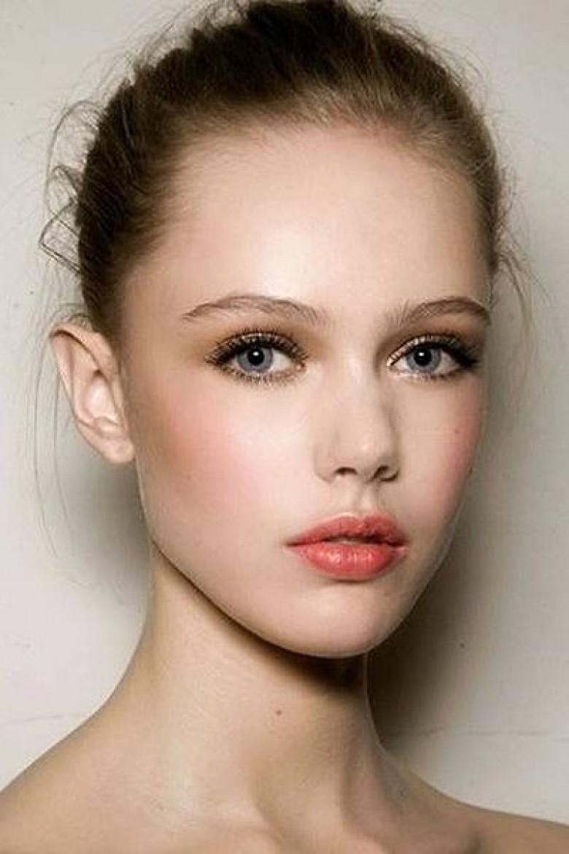Favori Apprenez à vous maquiller en fonction de la couleur de vos yeux  HJ25