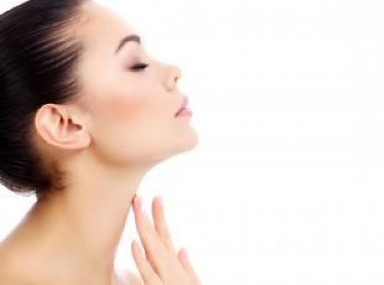 Assez 4 exercices simples pour un visage radieux - Les Éclaireuses OM23