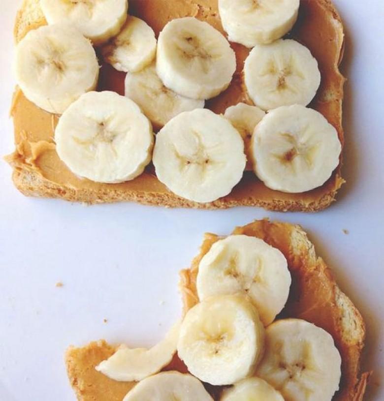 toasts a la banane