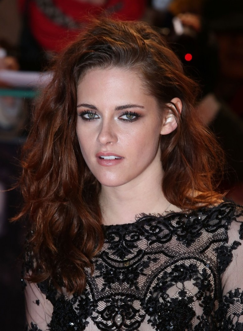 source vogue kristen stewart - Coloration Auburn