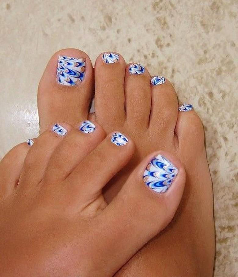 nail art pied