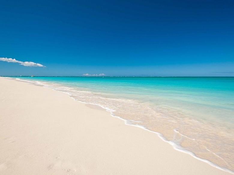 Sherley Bahamas Nounoushe Facebook