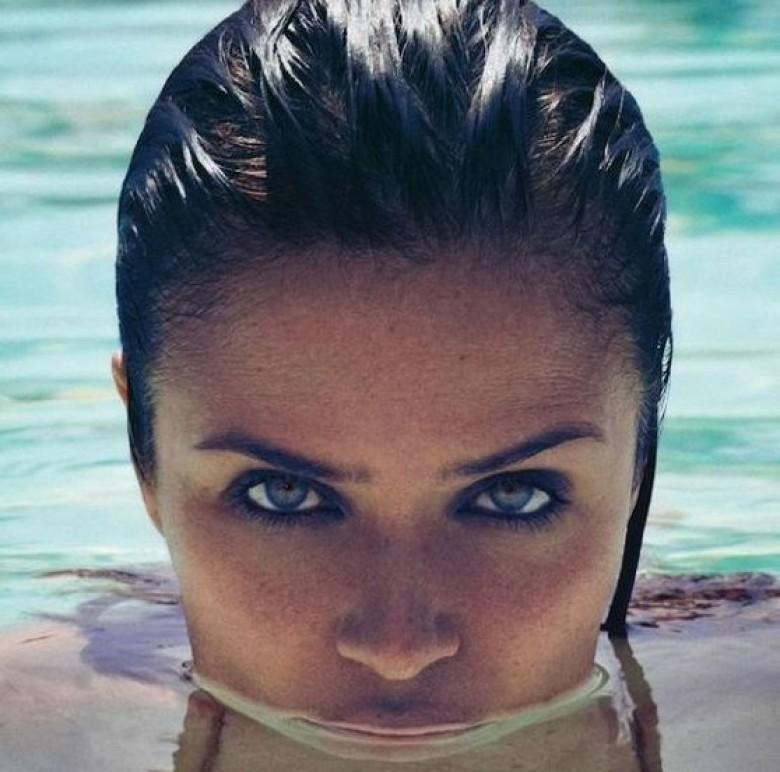 15 probl mes beaut que connaissent les femmes l 39 t et for Autobronzant et piscine