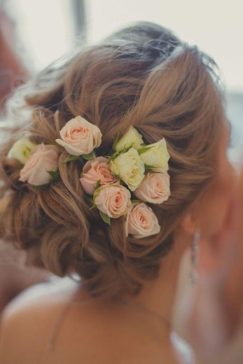 Coiffure mariage fleur rose - Coiffure pour grosse ...