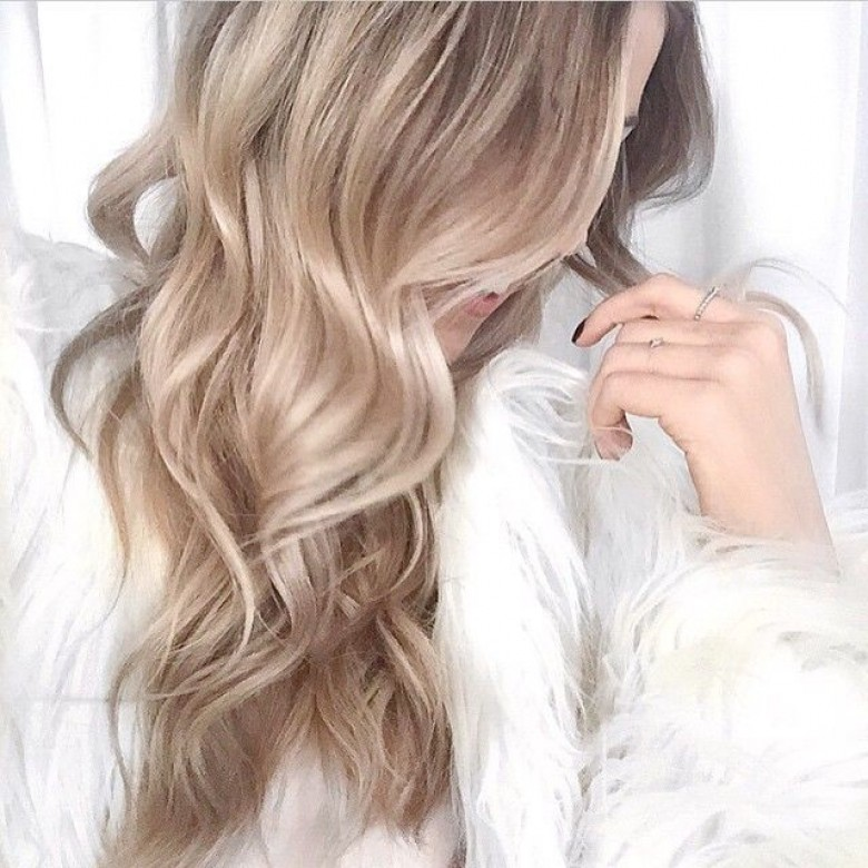 source haircutweb - Coloration Blond Beige