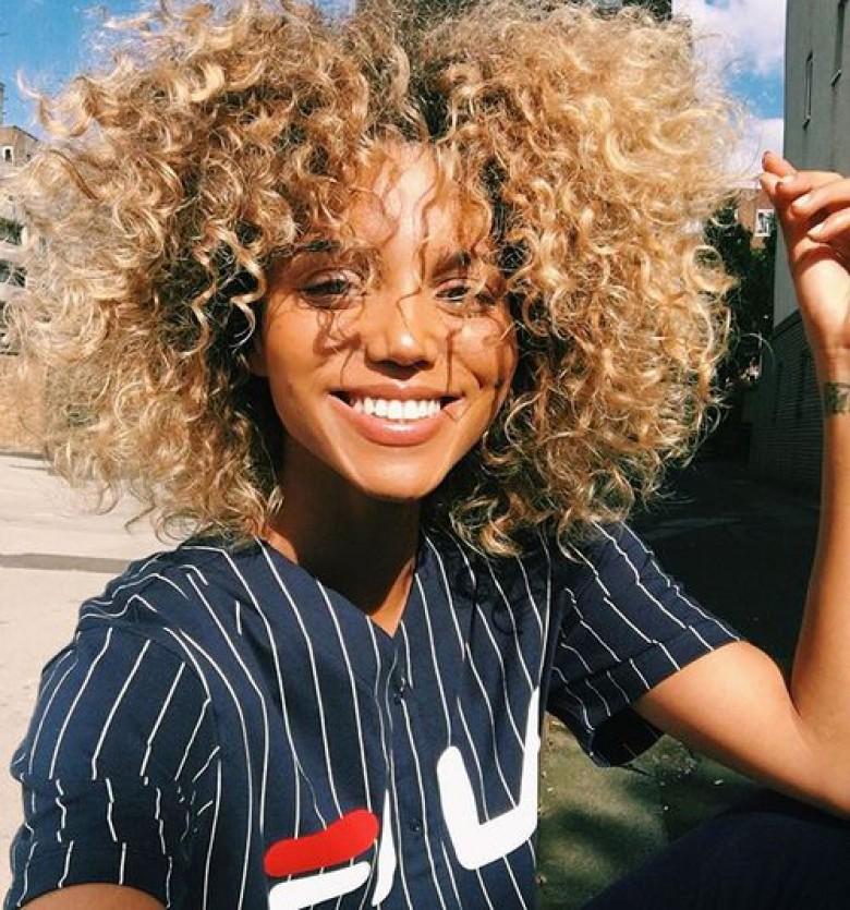Hot black girl in jeans | Tiffanie Ray Hot Photos