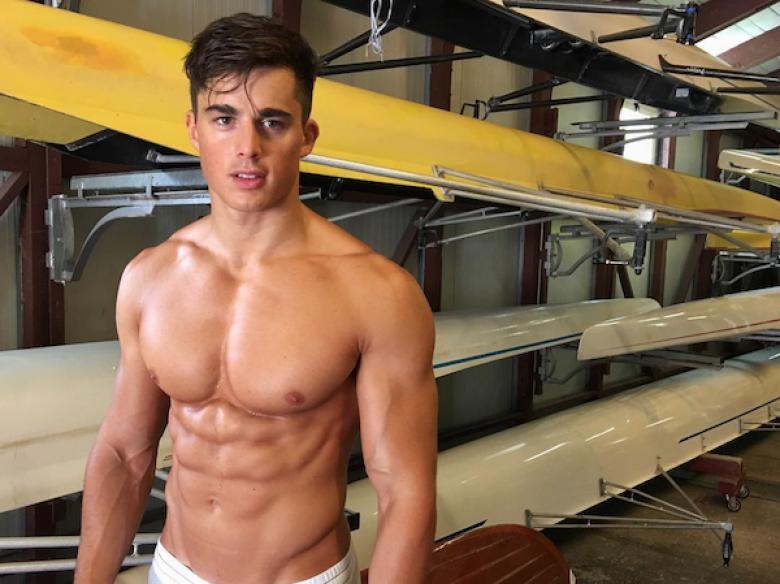 escort italia gay uomini palestrati nudi