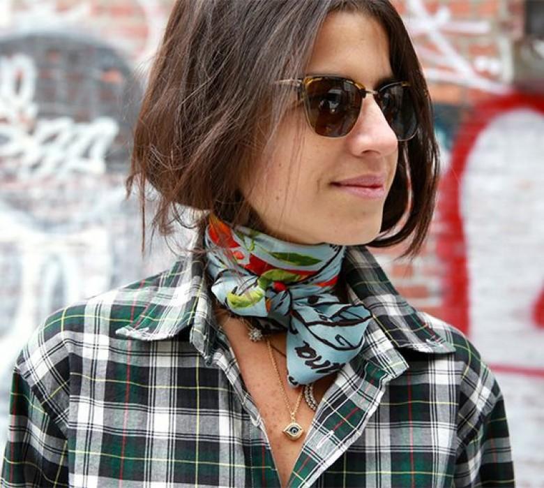 5668743d4063 HTW   l art et la manière de porter le foulard en 2017