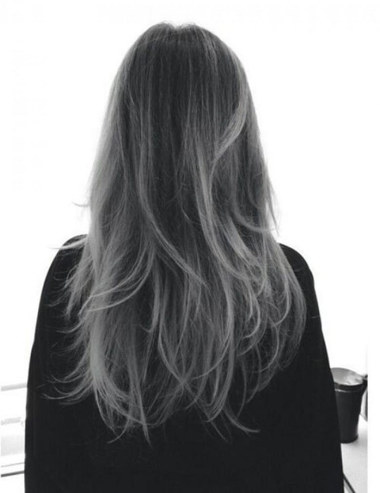 Balayage dans cheveux gris