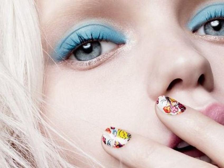 30 idées de nail arts avec des paillettes