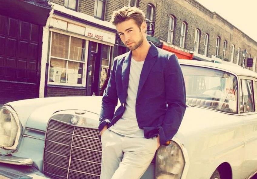 #Hotdudesincars : le compte Instagram pour les fans de beaux mecs et de voitures