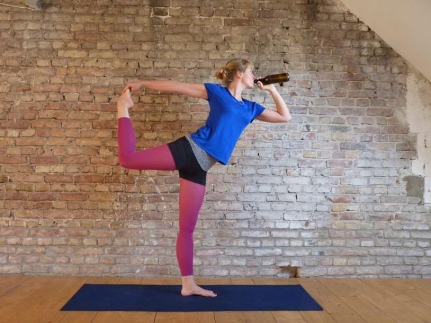 WTF : Le phénomène Yoga-Bière fait fureur