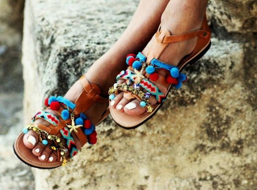 Instant Découverte #39 : Des sandales colorées avec Elina Linardaki