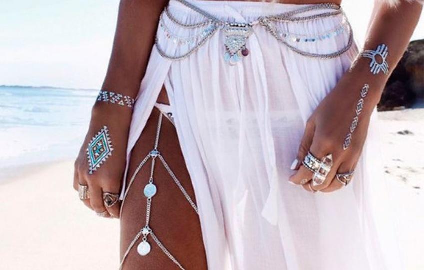 Parez votre corps de bijoux pour être la reine de la plage