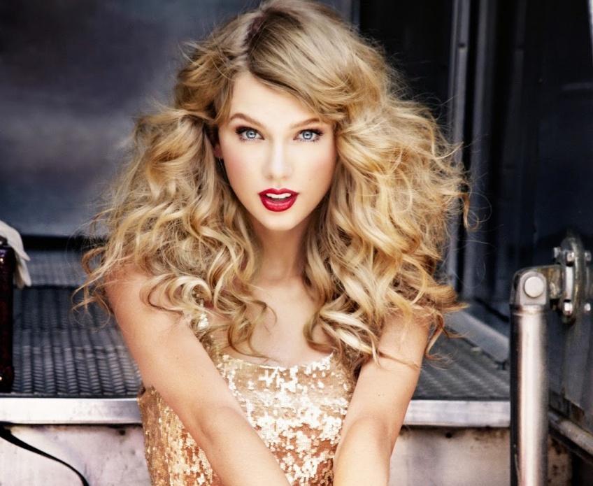 beaux cheveux ondulés