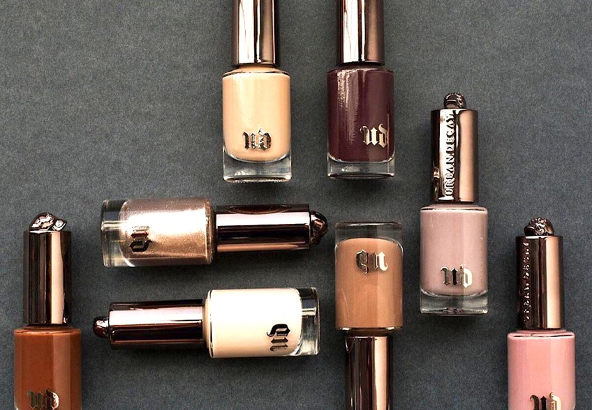 Urban Decay sort une gamme de vernis à ongles NAKED