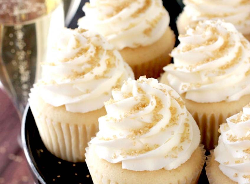 Les cupcakes Champagne : la parfaite combinaison pour une occasion spéciale