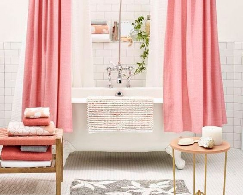 15 astuces d co pour faire de sa baignoire un endroit idyllique. Black Bedroom Furniture Sets. Home Design Ideas