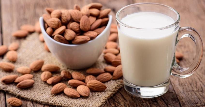 Pour enfin y voir plus clair, voici les bienfaits de chaque lait végétal