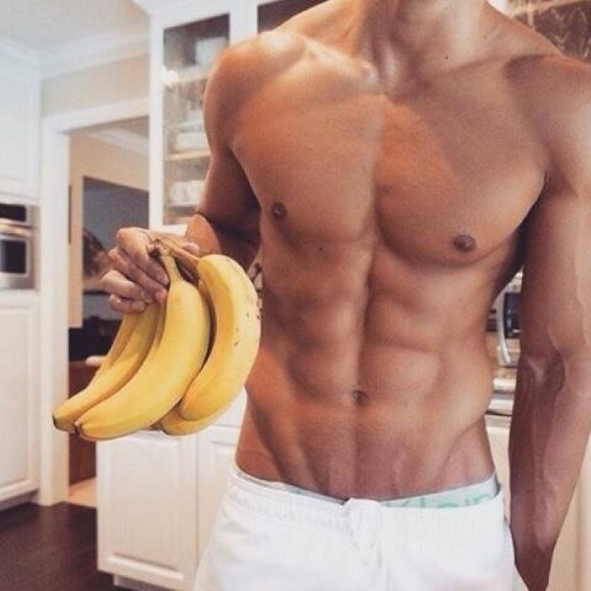 Les hommes mangeant des fruits et légumes seraient plus séduisants !