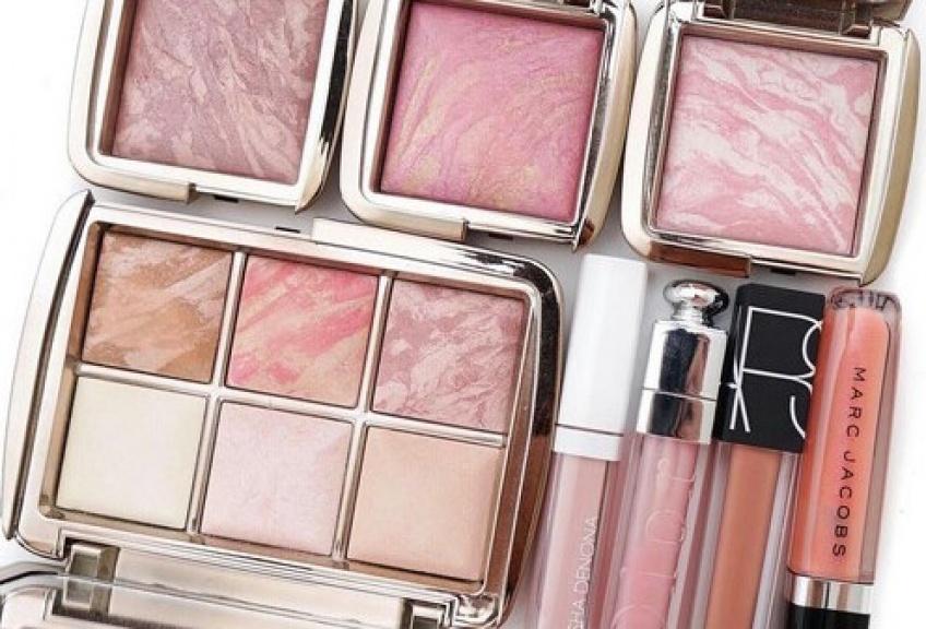10 astuces incroyables pour offrir une seconde vie à vos produits beauté !