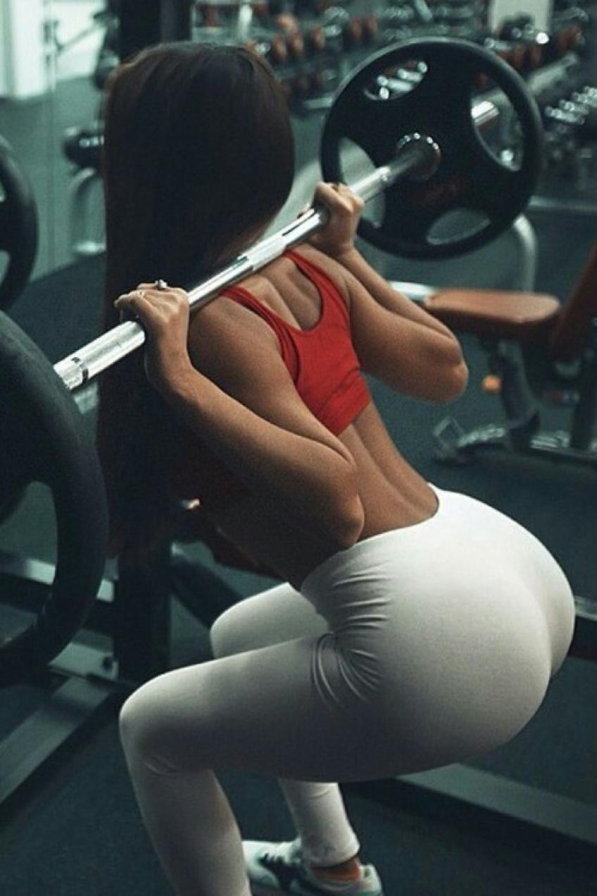 10 façons de pimenter vos squats pour de meilleurs résultats!