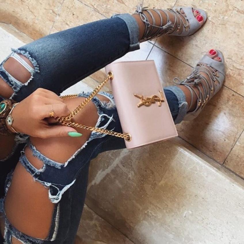 Tendance : le sac en chaîne qui va accessoiriser votre look tout l'été !