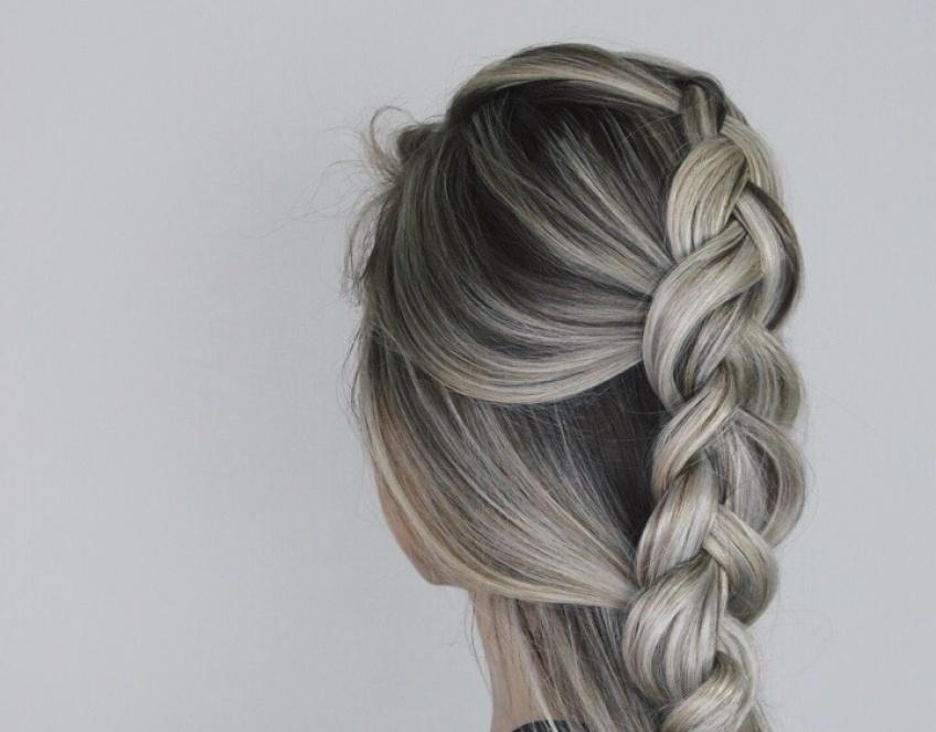 10 tutos coiffures pour s'attacher les cheveux avec style cet été