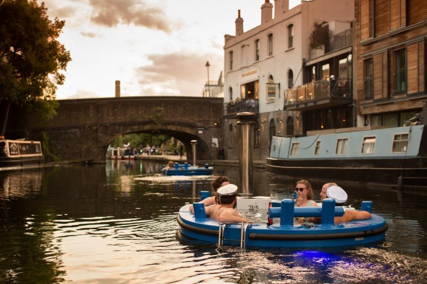 Alerte ! Des bateaux-jacuzzi viennent de voir le jour à Londres !