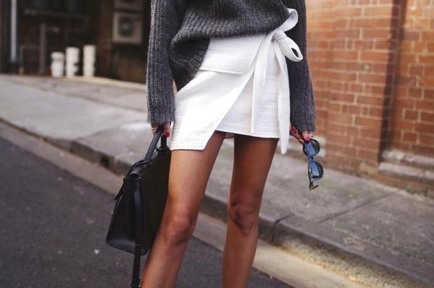 30 mini-jupes ultra-stylées pour exposer ses jambes encore dorées !