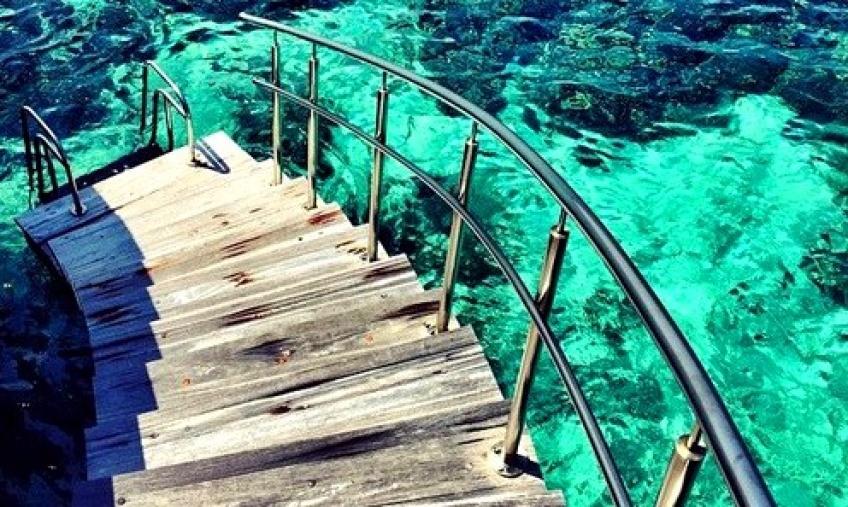 Alerte Job de rêve : Payée 10 000 $ par mois pour être 'agent d'expérience' à Cancún !
