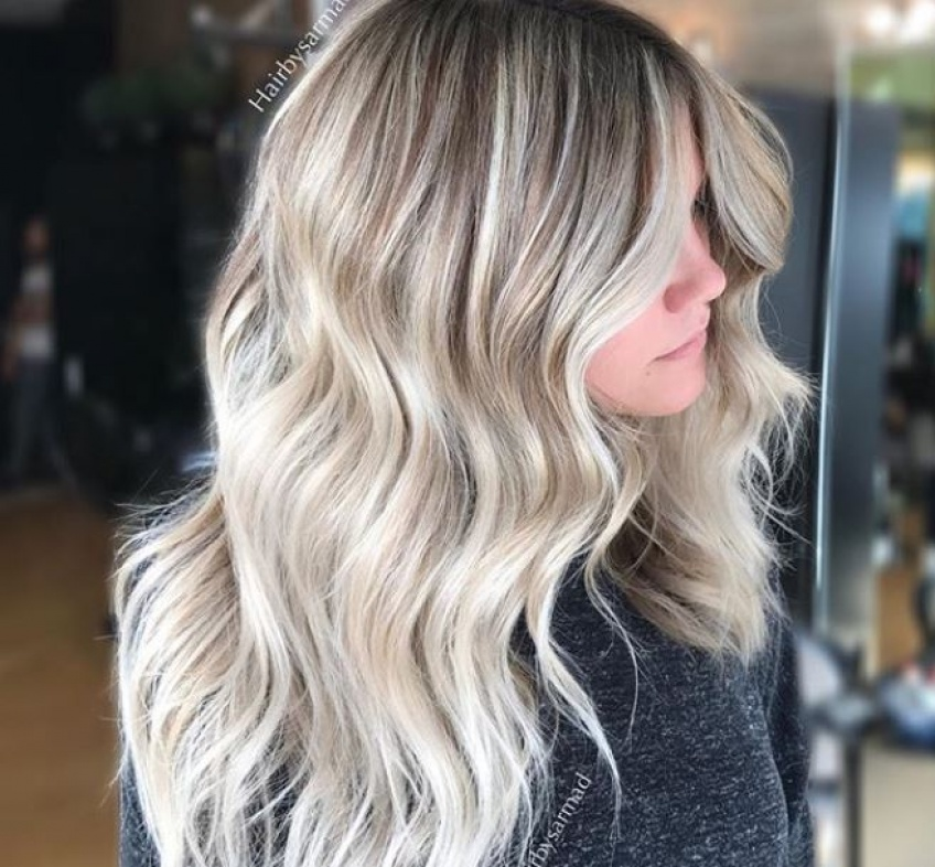 Découvrez la sublime coloration que toutes les blondes vont vouloir adopter