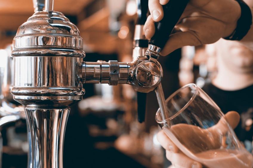 ALERTE ! Job de rêve : Soyez payée pour tester des bières !