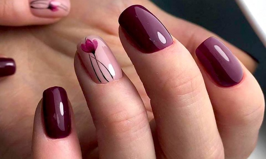 Alerte tendance : le nail art floral s'empare de nos ongles