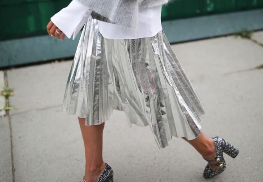 35 sublimes pièces métallisées pour illuminer votre dressing cet hiver