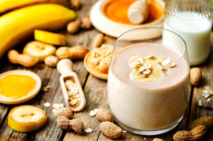 Succombez à notre recette de hot smoothie choco-banane !
