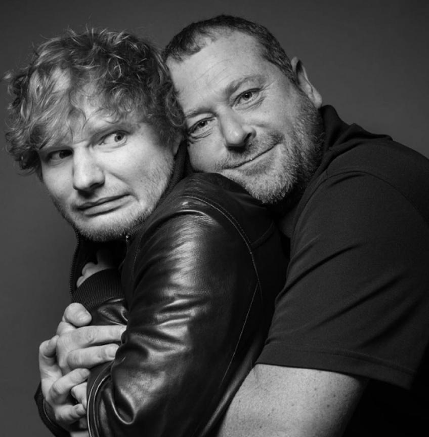 ALERTE : Ed Sheeran et son garde du corps font des photos hilarantes !