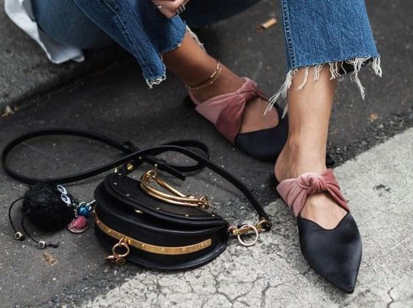 Comment être à la pointe de la tendance avec des mules aux pieds !