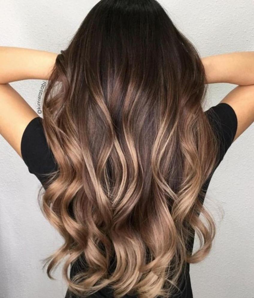 Des cheveux naturellement bouclés sans fer ? C'est possible !
