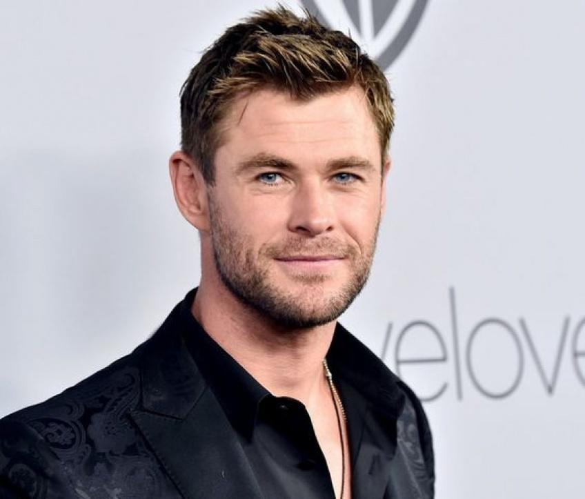 Chris Hemsworth se déchaîne sur du Miley Cyrus avec ses enfants !