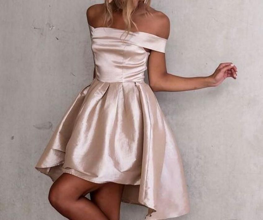 Les robes de soirée parfaites pour en mettre plein la vue sans éclipser la mariée!