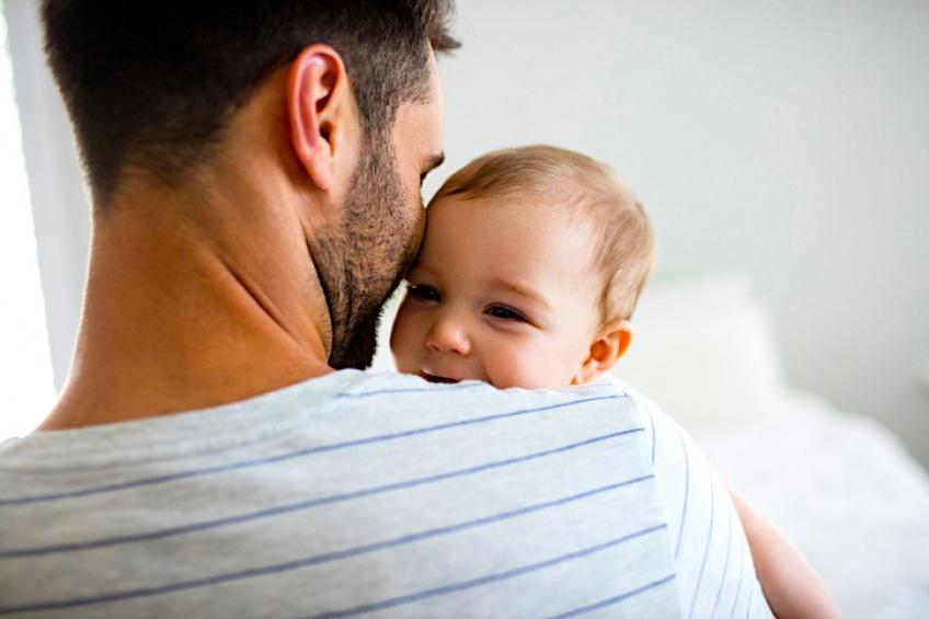L'Espagne instaure la parité entre congés maternité et paternité