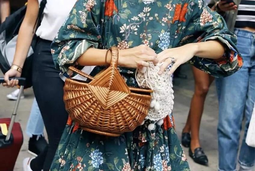 Craquez pour un panier, le sac qui vous accompagnera partout cet été !