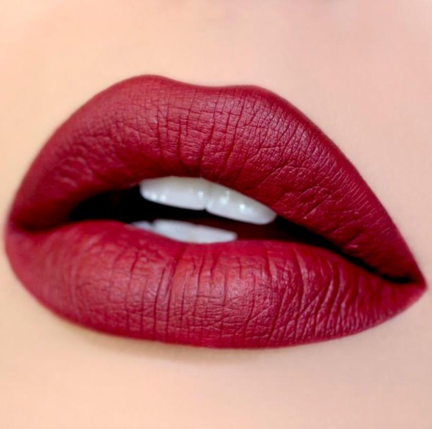 Les meilleurs rouges à lèvres mats à essayer rapidement pour cette saison !