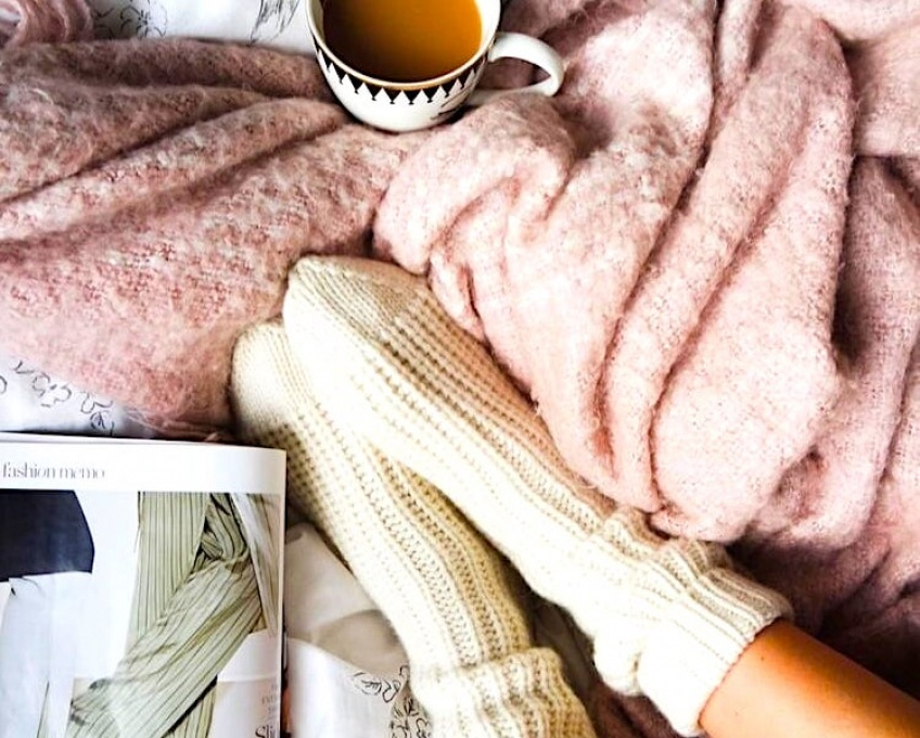 Cette petite couverture électrique réchauffera vos petons cet hiver !