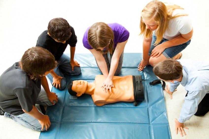 Bientôt tous les élèves de 3ème seront formés aux premiers secours