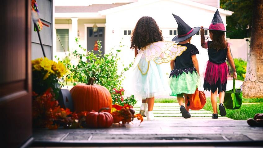 Découvrez comment on célèbre Halloween à travers le monde !