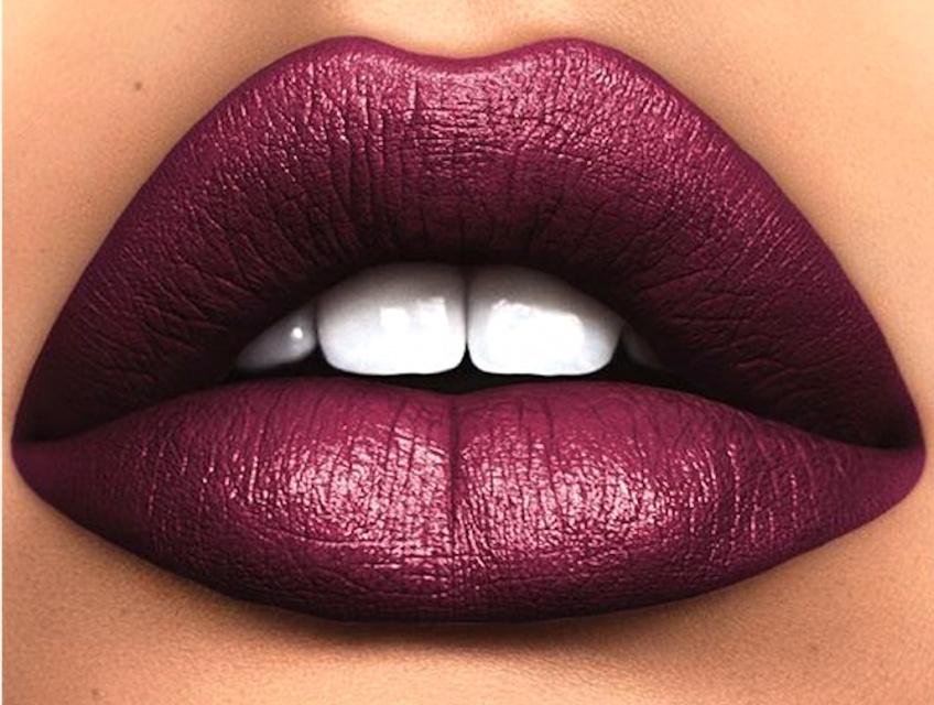 lipstick burgundy