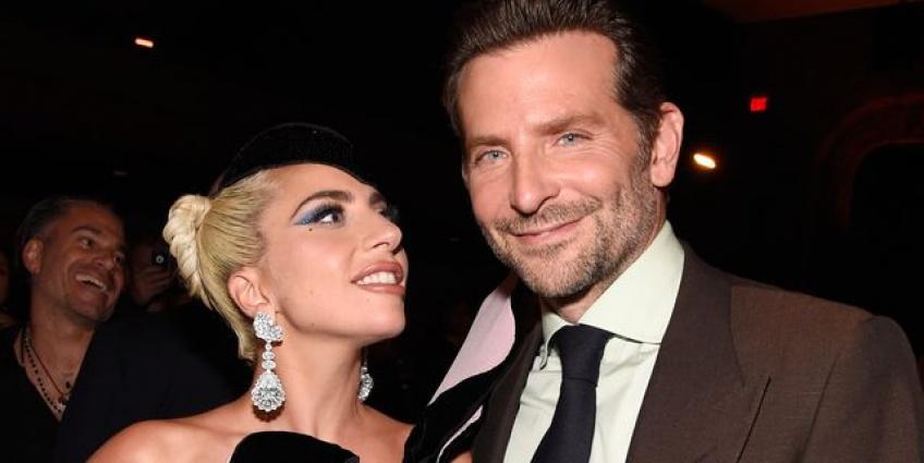 Lady Gaga et Bradley Cooper fans tweets amour