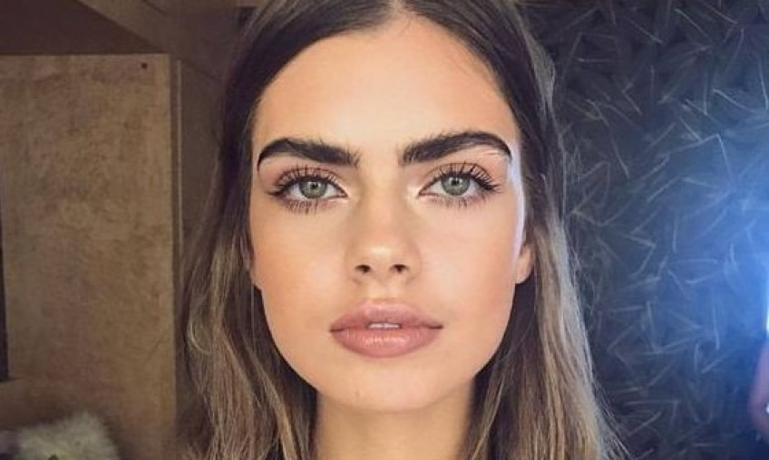 Selon une étude, les narcissiques ont des sourcils plus foncés et plus denses !
